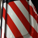 scotchlite de 3M™ Láminas reflectantes serie 13056 rojo/blanco