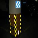 Amarelo-limão fita reflexiva prismáticos com setas pretas para estacionamento de relatórios