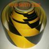 Nastro adesivo retroriflettente rifrangente segnalazione nero/giallo 50mm(5cm)