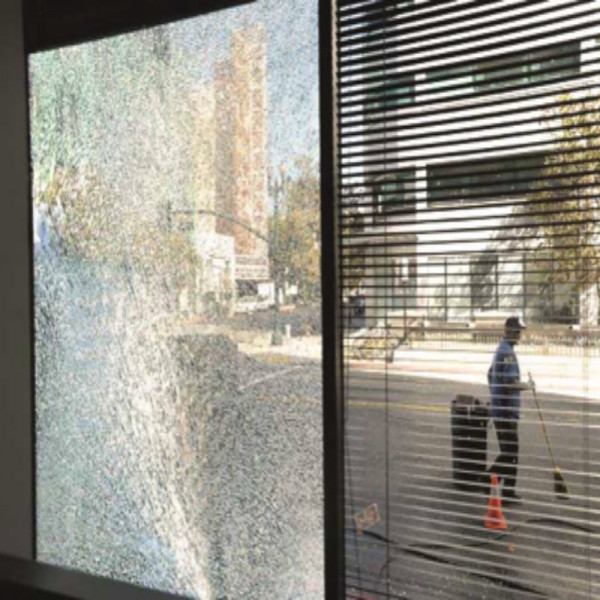 Pellicola anti frantumi sfondamento clear press s400 shop - Pellicola vetro finestra ...