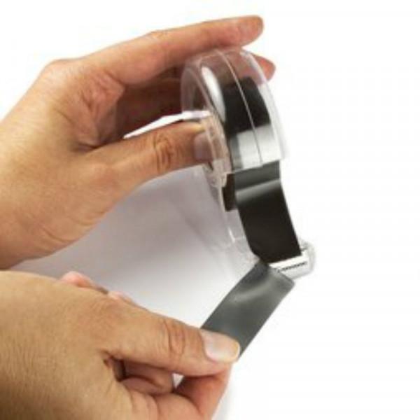 magnetband f r fotos mit praktischen spender entlang 5. Black Bedroom Furniture Sets. Home Design Ideas