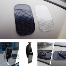 Tappetino porta oggetti e cellulare in silicone per auto