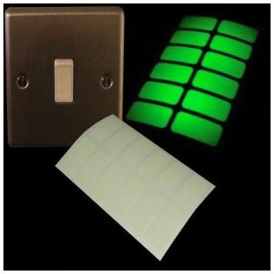 Autocolantes que brilham no escuro para interruptor de luz - 24