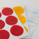 6 discos adesivos refletivos realizados com material 3M™ Diamond Grade