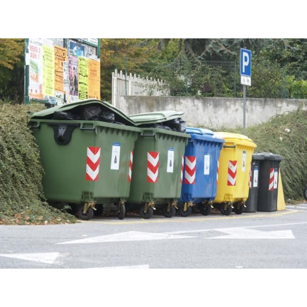 Fasce adesive rifrangenti riflettenti per cassonetti rifiuti materiale 3M™