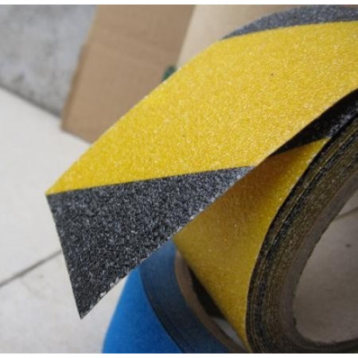 Non-slip adhesive films signal stripes yellow/black exterior stairs floors 50 mm