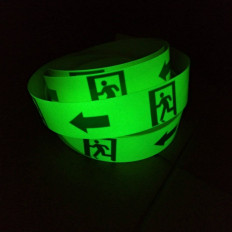Cartello uscita di emergenza in PVC adesivo luminescente 4