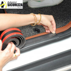 Carbon fiber model strip in soft rubber with 3M double sided adhesive for 30mm x 2.5mt protection