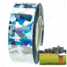 Iridescent reflective bollard with tape flashes which scare birds and other animals 24 mm x 10 m