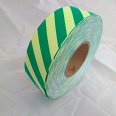 Nastro adesivo segnalazione luminescente da 50mm con stripe verdi