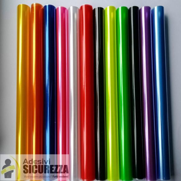 Pellicola adesiva colorata per fari auto anteriori e for Carta specchio adesiva